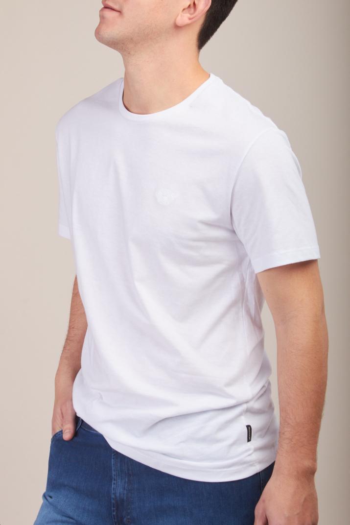 Remera Login con escote redondo Classic fit