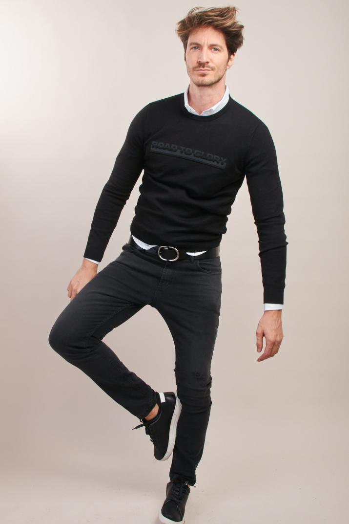 Sweater Tech con estampado en relieve Modern fit