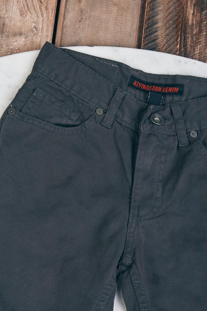 Pantalón Kent chupín de gabardina