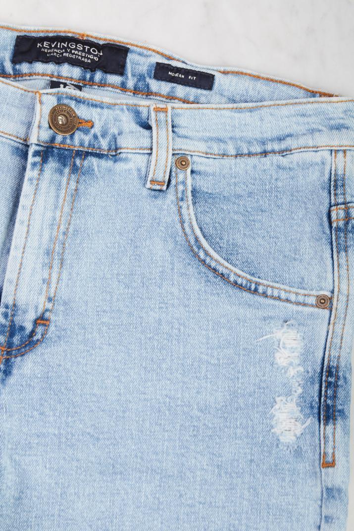 Bermuda Clash Jean elastizada con roturas