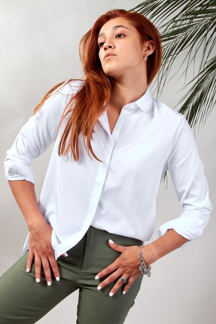 Camisa Cumbris lisa de poplín Calce Modern fit